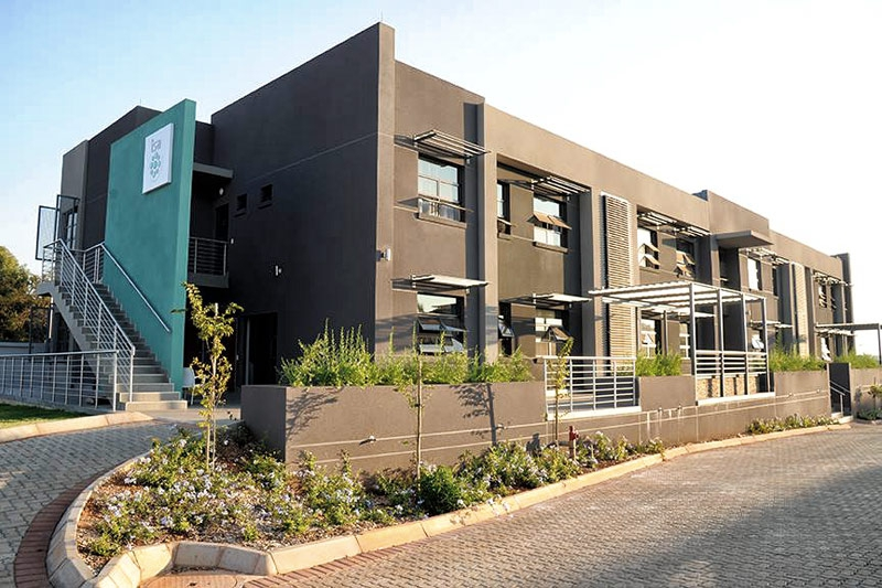 Isa-Carstens-Pretoria-Campus-Residence-Accommodation-Building2